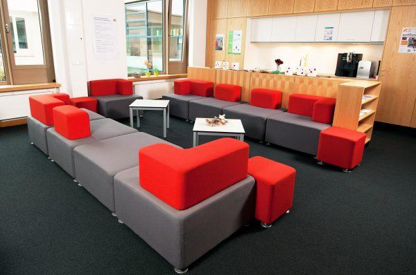 Einrichtung Lehrerzimmer